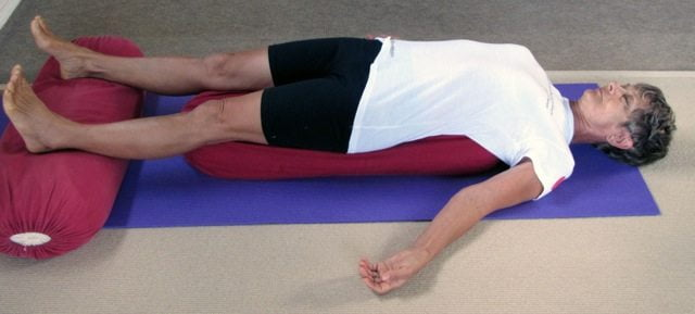 Five Minute Poses: Setu Bandha Sarvangasana