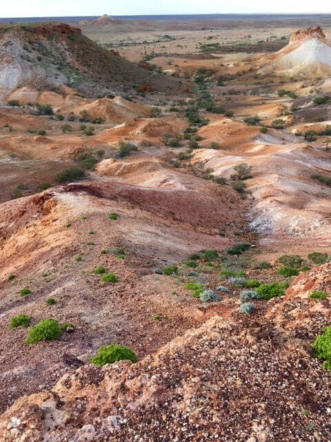 Looking for Beauty: Coober Pedy and the Breakaways